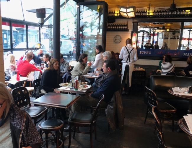 Café Charlot - typisk fransk bistrot